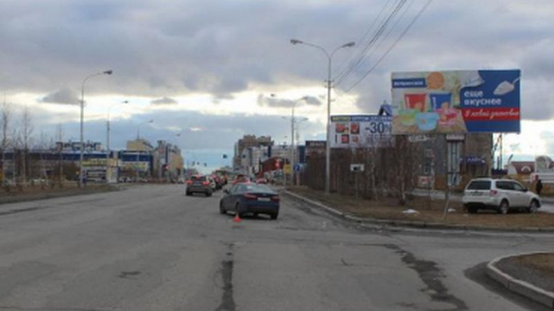 ВСургуте две иномарки неподелили дорогу: пострадали маленькие пассажиры