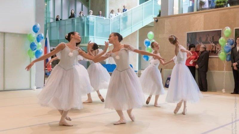 Известная Академия танца Санкт-Петербурга устроит просмотр детей в Сургуте