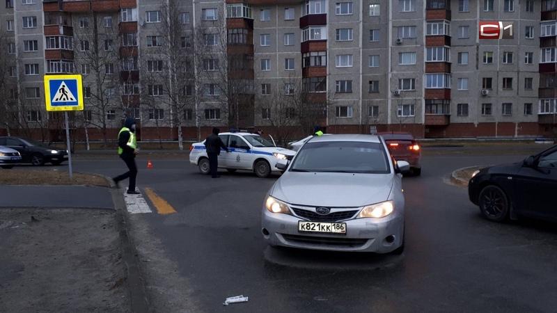 В Сургуте на пешеходном переходе сбили девушку