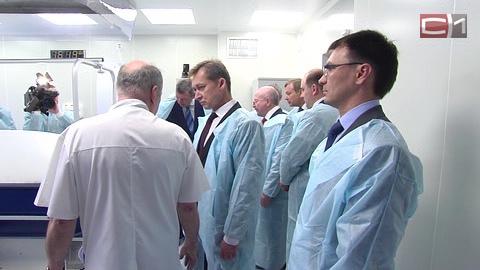 Губернатор югры наталья комарова посетила обновленное ожоговое отделение сургутской городской клинической больницы 1