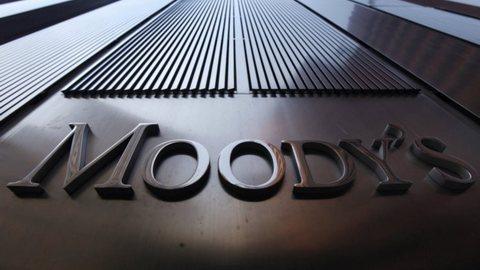 Спекулятивная Россия: чего ждать от решения Moody's понизить рейтинг РФ