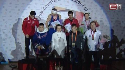 Сургутские боксеры завоевали две